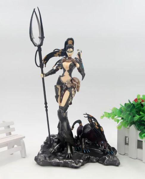 Nidalee Statue